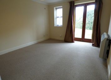 Thumbnail 2 bedroom flat to rent in Wickham House, Westridge Road, Southampton
