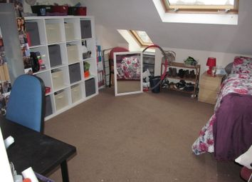 Thumbnail 6 bed terraced house to rent in Grange Avenue, Reading, East, University, Hospital, Tvp, A329M