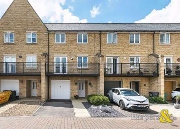 4 bed mews house for sale in Sandringham Drive, Dartford DA2