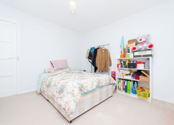 Thumbnail 3 bed flat to rent in Southwood Court, Wynyatt Street, Clerkenwell