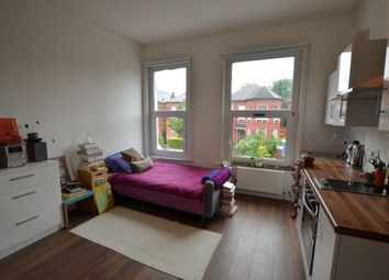 Thumbnail Studio to rent in Manstone Road, London
