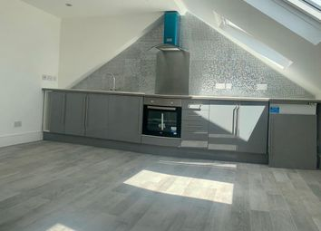 Thumbnail 1 bed flat to rent in Glenwood Rd, London