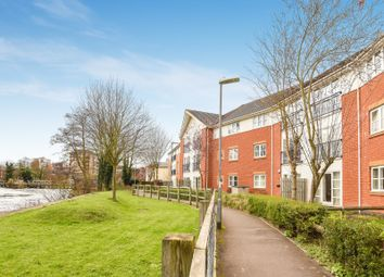 Thumbnail 2 bedroom flat for sale in Kennet Walk, Reading