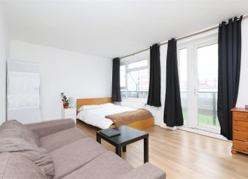 Thumbnail 3 bedroom flat for sale in Foulden Road, Stoke Newington