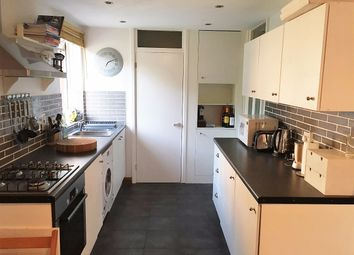 Thumbnail 1 bed flat to rent in Verity Close, London
