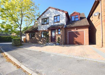 Thumbnail 5 bedroom detached house for sale in Larch Way, Farnborough