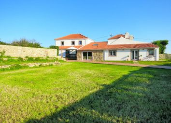Thumbnail 5 bed villa for sale in S.Maria E S.Miguel, S.Martinho, S.Pedro Penaferrim, Sintra
