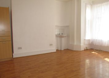 Thumbnail 1 bed property to rent in Sandringham Road, London