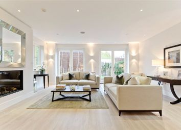 Thumbnail 5 bed detached house to rent in Pembroke Gardens, Mortlake