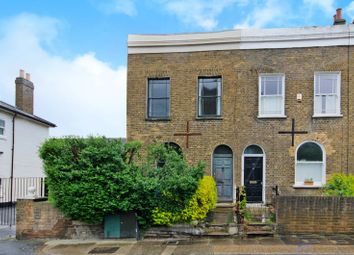 Thumbnail 2 bed property to rent in Gordon Road, Nunhead