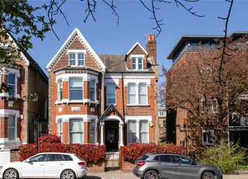 Nightingale Lane, London SW12. 2 bed flat for sale