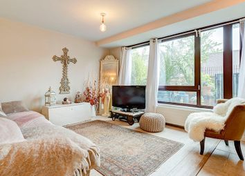 Thumbnail 1 bed flat for sale in Holly Bush Vale, Hampstead