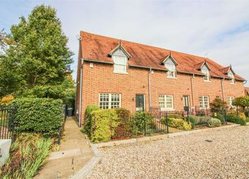 Thumbnail 2 bed cottage for sale in Dacres Gate, Fyfield, Ongar