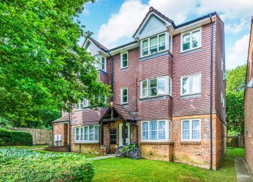 Thumbnail 2 bed flat for sale in Bolton Road, Crawley