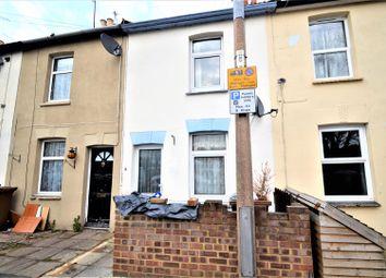 Thumbnail 2 bed property to rent in Hothfield Road, Rainham, Gillingham