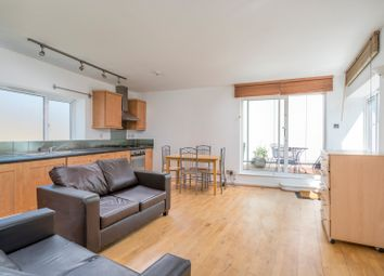 Thumbnail 3 bed flat to rent in Crescent Row, Liverpool Street