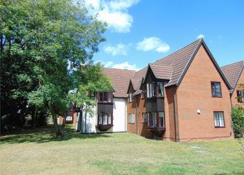 Thumbnail 1 bed flat to rent in Southern Hill, Reading, Berkshire