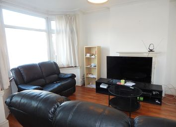 Thumbnail 2 bed flat to rent in Melfort Road, Thornton Heath, London