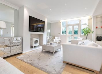 Thumbnail 2 bed flat for sale in Church Close, Kensington Church Street, London