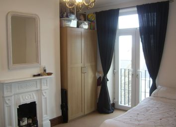 Thumbnail 2 bedroom flat to rent in Cemetery Road, Pudsey, Leeds