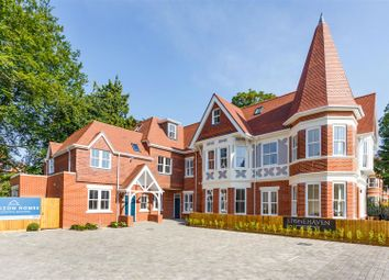 2 bed flat for sale in Pinewood Road, Branksome Park, Poole BH13
