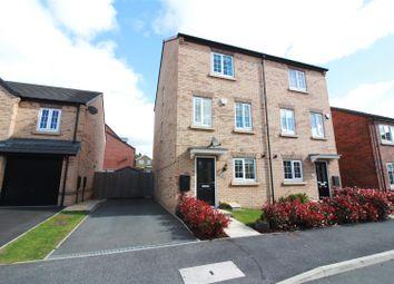 Thumbnail 4 bed property for sale in Elizabeth Road, Great Preston, Leeds