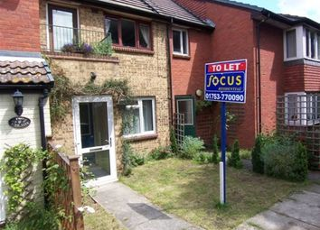 Thumbnail 1 bed flat to rent in Mead Avenue, Langley, Slough