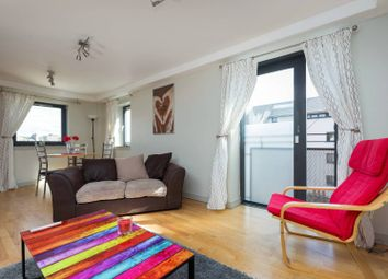 Thumbnail 2 bedroom flat for sale in 19/8 Old Fishmarket Close, Old Town
