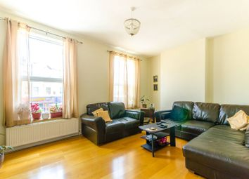 3 bed maisonette for sale in High Road, North Finchley, London N128Jy N12