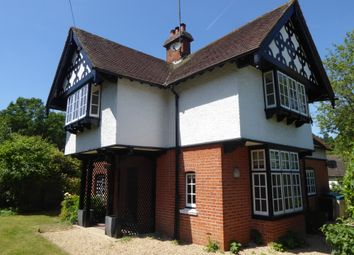Thumbnail 4 bed detached house to rent in Harpsden Road, Henley On Thames