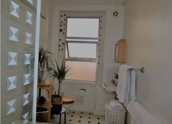 Thumbnail 1 bed flat to rent in Northlands Street, London