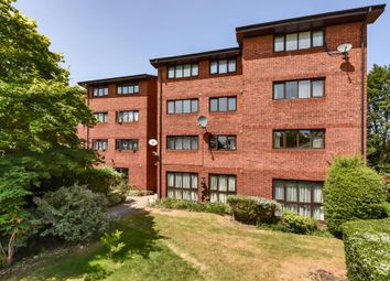 Thumbnail 2 bedroom flat for sale in Davina House, West Hampstead