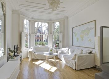 St. Quintin Avenue, London W10. 2 bed flat for sale