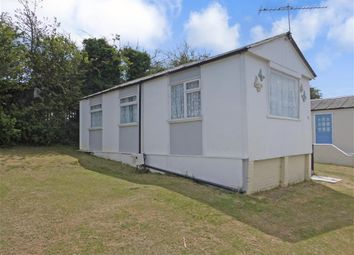 2 bed mobile/park home for sale in Fourth Avenue, Eastchurch, Sheerness, Kent ME12
