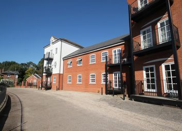 Thumbnail 2 bed flat for sale in Waterside Lane, Colchester
