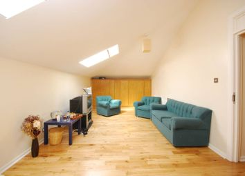 Thumbnail 4 bed flat to rent in Hoxton Street, Shoreditch