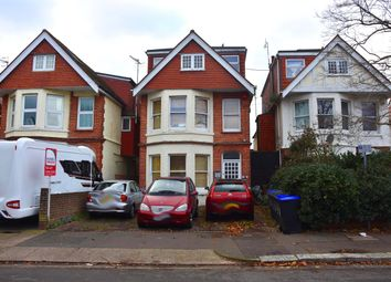 Thumbnail 2 bed flat to rent in Windsor Road, Worthing
