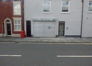 Thumbnail Retail premises to let in Croft Street, Hyde