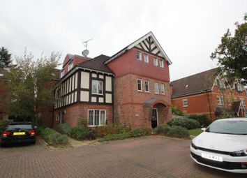 Thumbnail 2 bed flat to rent in Coley Avenue, Woking