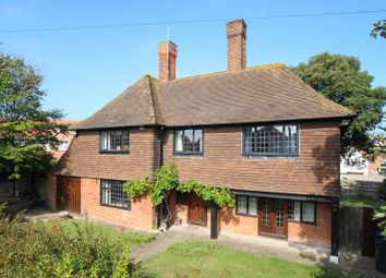 Thumbnail 5 bed detached house for sale in Avenue Gardens, Margate