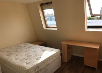 Thumbnail 7 bed flat to rent in Queens Crescent, Kentish Town/Camden