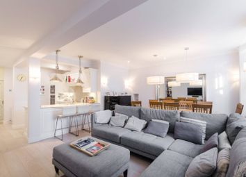 Thumbnail 3 bed maisonette for sale in Nevern Square, Earls Court