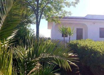 Thumbnail Serviced villa for sale in Ceglie Messapica, 72013, Italy