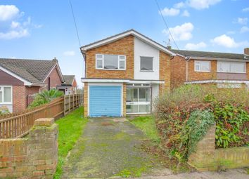 Thumbnail 3 bed detached house for sale in Oakfield Road, Benfleet