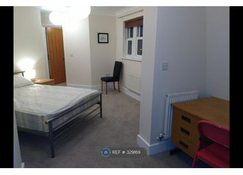 Thumbnail 3 bed flat to rent in St Matthew's Gardens, Cambridge