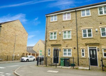 4 bed town house for sale in Plover Road, Lindley, Huddersfield HD3