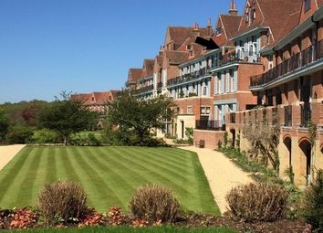 King Edward VII Apartments, Midhurst GU29. 2 bed flat for sale