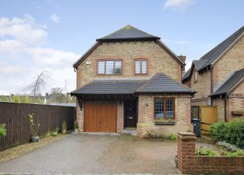 Thumbnail 3 bedroom detached house to rent in King Street, Mortimer Common, Reading