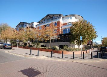 Thumbnail 2 bedroom flat to rent in Northway, Rickmansworth