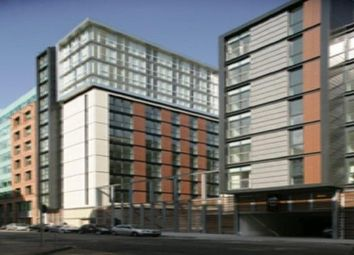 Thumbnail 2 bed flat to rent in 17 Oswald Street, Glasgow
